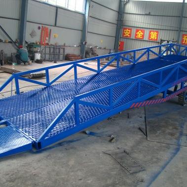 移动装卸登车桥