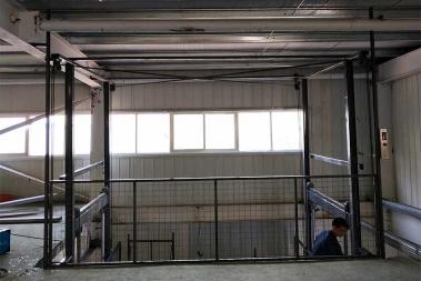 升降机升降货梯